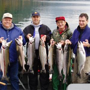 ловим рыбу с друзьями